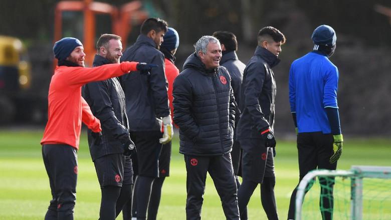 Mourinho: MU Belum Menyerah Kejar Titel