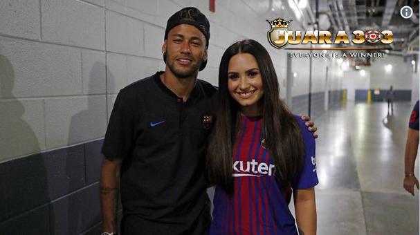 Neymar Akhirnya Bertemu Sang Wanita Pujaan