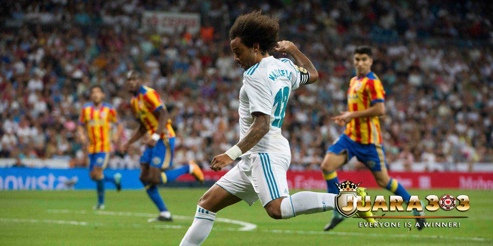 Marcelo : Valencia Bermain Seperti Tim Kecil