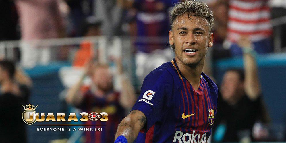 Alves : Neymar Harus Berani Meninggalkan Barcelona