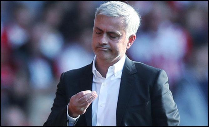 Agen Bola Online - Dapat Kartu Merah, Mourinho Dinyatakan Tidak Bersalah