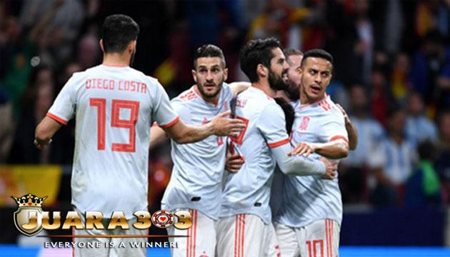 Spanyol Gebuk Argentina