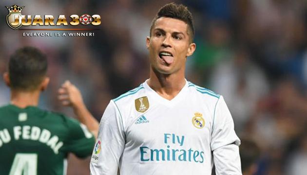 Allegri Beberkan Cara Hentikan Christiano Ronaldo - Agen Bola Terpercaya